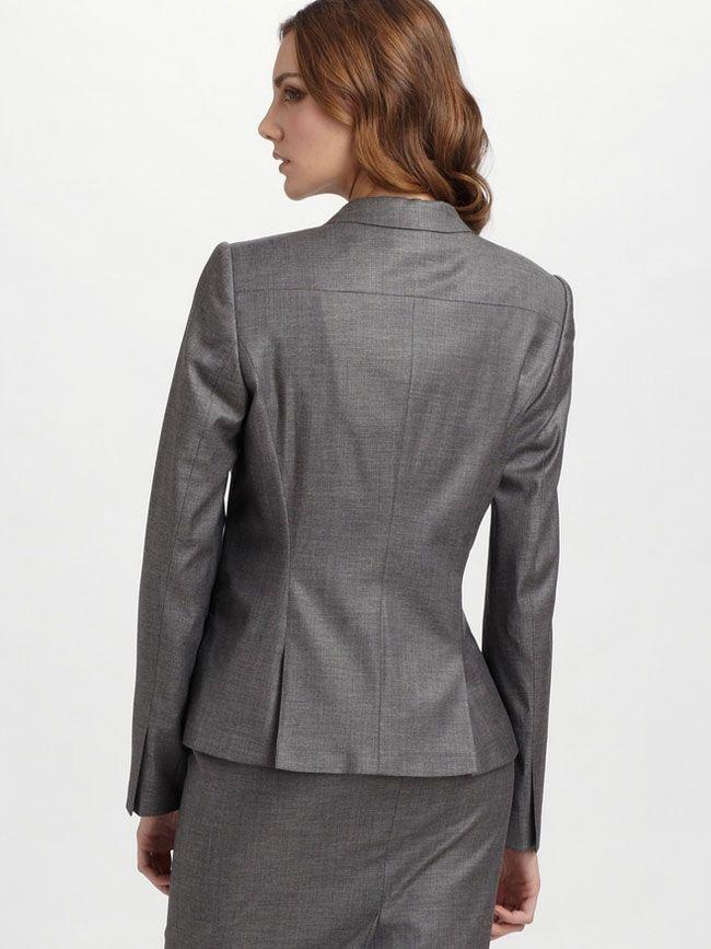 女西服套装M-13背面