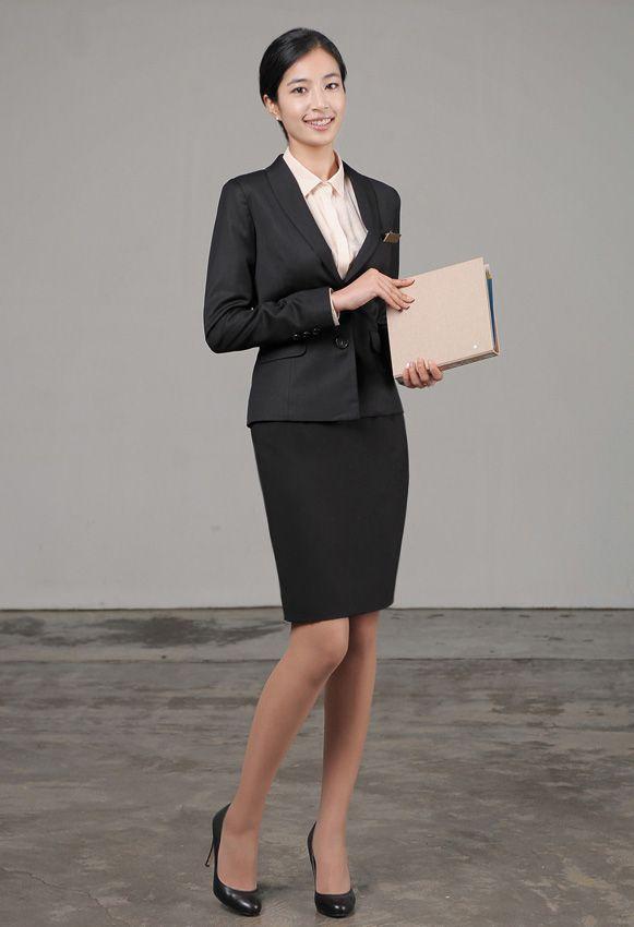 女西服套装M-10全身效果图