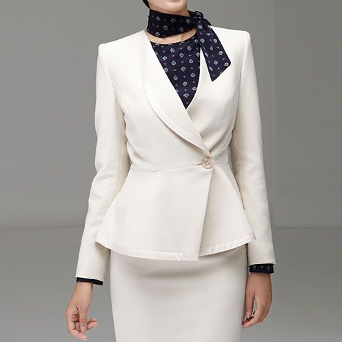 米白色女西服M-17